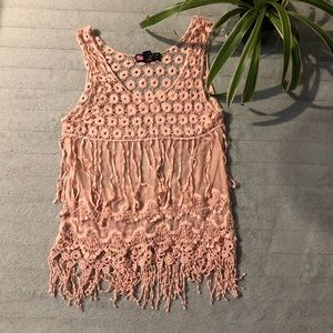 🐾free w/purchase 🐾 fully lace tank top